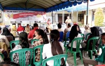 Kepala Dinas Pendidikan Kota Palangka Raya, Sahdin Hasan membuka aneka lomba yang digelar Pusat Kegiatan Belajar Masyarakat (PKBM).