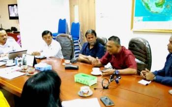 Deputi bagian penindakan BNN Irjen Pol Arman Depari, saat bertemu dengan pengurus ormas sikat narkoba Kotim.