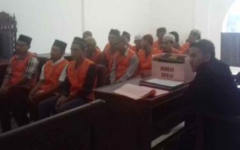 15 terdakwa kasus judi.