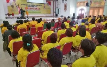 Bupati Gumas Arton S Dohong ketika menyampaikan sambutan saat pembukaan Musdalub DPD Partai Golkar Kabupaten Gumas di GPU Damang Batu Kuala Kurun, Selasa (5/9/2017)