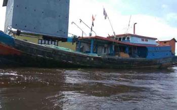 Kapal Nelayan di Sukamara.