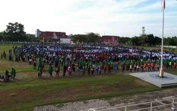 Salah satu kegiatan Pemkab Kotim yang melibatkan ribuan warga di Stadion 29 Nopember Sampit.