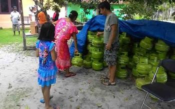 Pedagang tabung gas elpiji 3 kilogram di Sukamara.