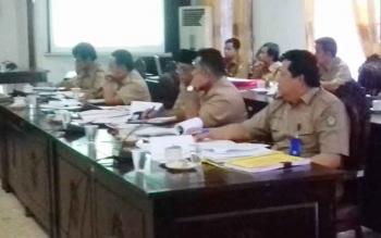 Dinas PUPR Kabupaten Kotim, saat rapat pembahasan dengan Komisi IV.
