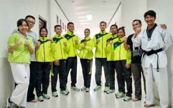 Atlet taekwondo dan tim pelatih yang akan mewakili Kalteng di ajang Popnas XIV, Jateng, 15-18 September 2017.