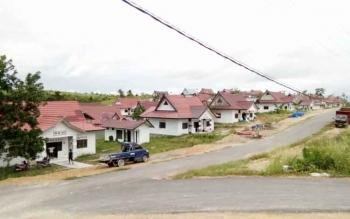 Tampak komplek Mess Desa Bumi Sarang Paruya kabupaten Lamandau, di Jalan Trans Kalimantan, Nanga Bulik.