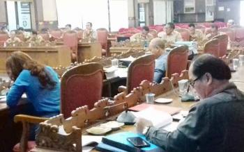 Rapat pembahasan antara Komisi I DPRD Kotim dengan BPKAD Kotim