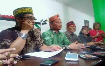 Begini Kata Ketua DAD Kalteng Sikapi Yansen Binti Tersangka Terduga Pembakar SD