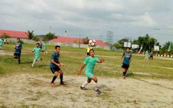 Pertandinga tim Kharisma VS tim Pajangan Putra, Selasa (12/9/2017) sore
