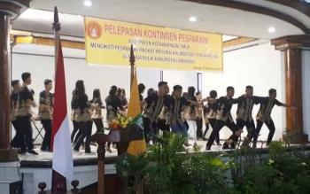 Suasana Pelepasan kontingen Pesparawi Kotim