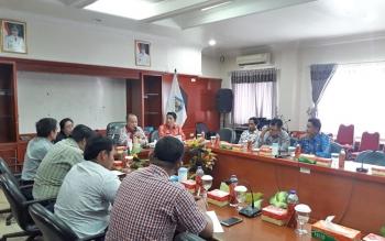Pemerintah Kabupaten Murung Raya mengadakan pertemuan dengan manajemen salah satu perusahaan tambang, Kamis (14/9/2017).