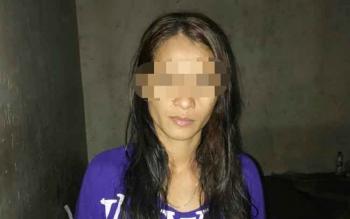 Iyut Handayani, warga Kompek F;amboyan Bawah yang ditangkap polisi karena menjadi pemngendali penjualan sabu