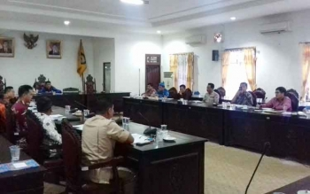 Rapat dengar pendapat di DPRD Kotim terkait pelanggaran yang dilakukan PT BUM