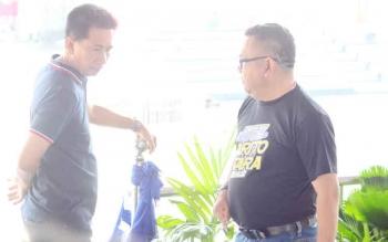 Kadis PUPR Barito Utara, Fery Kusmiadi bersama Bupati Nadalsyah