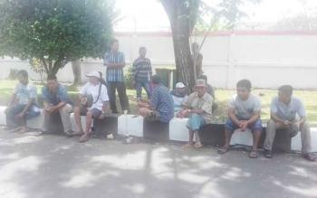 Anggota Aspangkal saat ngeluruk ke DPRD Kotim.