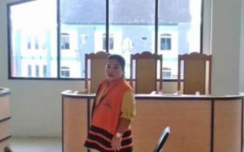 Dahliani alias Idah terdakwa kasus sabu saat menjalani sidang vonis
