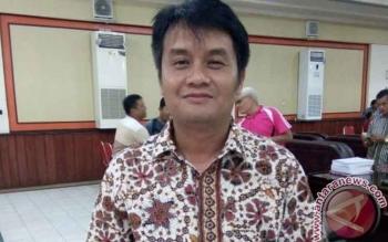 Ketua Komisi III DPRD Kabupaten Bariti Timur Depe
