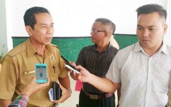 Kepala Pelaksana BPBD Gumas M Rusdi saat memberikan keterangan kepada wartawan, Senin (25/9/2017).