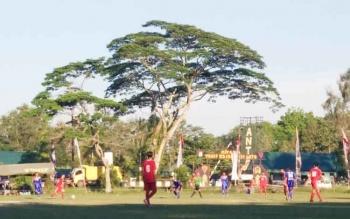 Pertandingan dalam laga Piala Kemerdekaan antar Kecamatan se-Kabupaten Kotim.