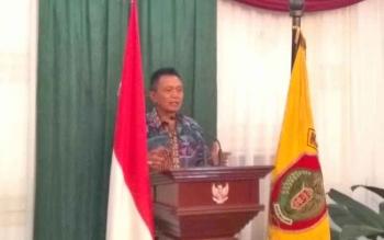 Pangkoops AU II Marsekal Muda TNI Yadi Indrayadi Sutanandika saat ramah tamah di Istana Isen Mulang, Palangka Raya, Minggu (26/9/2017) malam.