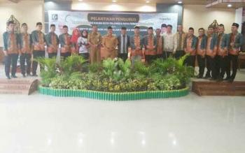 Pengurus Kahmi Kalteng dan Kahmi Kota Palangka Raya yang baru dilantik foto bersama