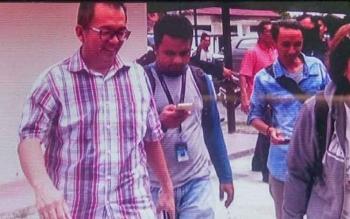 Kepala Disnakkeswan Kobar Rosihan Pribadi saat tiba di Kejaksaan Negeri Pangkalan Bun, Selasa (26/9/2017)