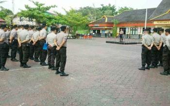 Kapolres Barito Utara AKBP Tato Pamungkas Suyono menyampaikan amat saat Apel Siaga, Jumat (29/9/2017).