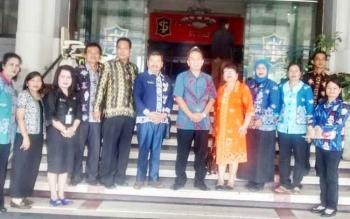 Rombongan kunker Pemko Palangka Raya ke Pemko Surabaya, Jumat (29/9/2017).