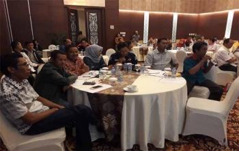 Para pengurus partai politik mengikuti sosialisasi yang diadakan oleh KPU Kota Palangka Raya, Minggu (1/10/2017)
