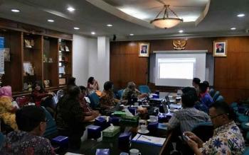 Pertemuan antara perwakilan Pemkab Lamandau dan Pemprov Jawa Tengah membahas kerjasama bidang SDM, di Kota Semarang, Jawa Tengah, Selasa (3/10/2017).