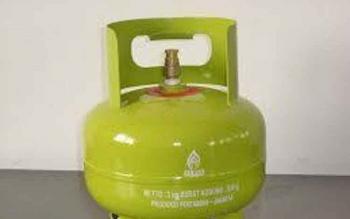 Tabung gas elpiji 3 kg.