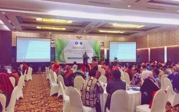 Kepala Perwakilan BI Kalteng, Wuryanto menyampaikan sambutan dalam Seminar Bersama Pengadilan Tinggi Agama terkait Pengembangan Ekonomi Syariah dan Sosialisasi Perma Nomor 14 tahun 2016 tentang Tata Cara Penyelesaian Perkara Syariah, Kamis (5/10/2017).