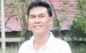 Wakil Rektor III UPR Profesor Bambang S Lautt.