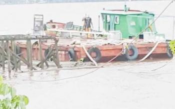 Tempat yang diduga sebagai bongkar muat CPO dari laut.