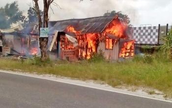 Kebakaran rumah di Jalan Tjilik Riwut, Km 11,5 Kota Palangka Raya, Selasa (10/10/2017) sekitar pukul 10.30 WIB.