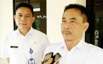 Kadis Pendidikan Jumadi didampingi sekretaris Edi Suharto