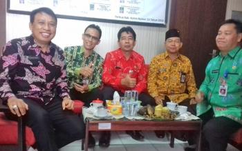Lima calon sekda Kotim, dari kanan H Halikinnor, Marjuki, Suparmadi, Eka Bimawardana dan Fajrurrahman.