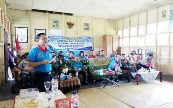 Ketua BNK yang juga Bupati Katingan Sakariyas saat melakukan sosialisasi bahaya narkoba di SMPN 1 Baun Bango Kecamatan Kamipang, Kamis (12/10/2017).