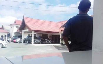 Walduwin di kantor Kejaksaan Negeri Kotim.