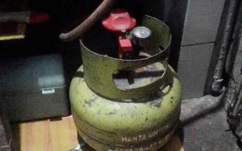 Gas elpiji 3 kg.