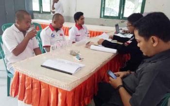 KPU Sukanara saat menerima pendaftaran parpol peserta Pemilu tahun 2019.