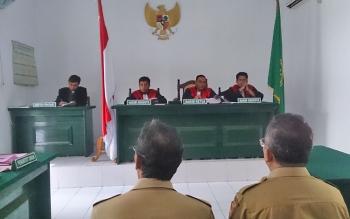 Sidang perdana kasus sengketa Balai Benih Pertanian dengan agenda pembacaan dakwaan, Senin (16/10/2017).