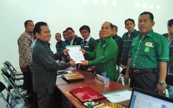 DPC Pulang Pisau saat mendaftar di KPU Pulang Pisau menyongsong Pemilu 2019.
