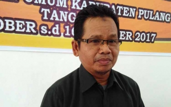 Ketua KPU Pulang Pisau, Untung Surapati.