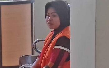 Sri Furwanti alias Epon, terdakwa kasus zenith.