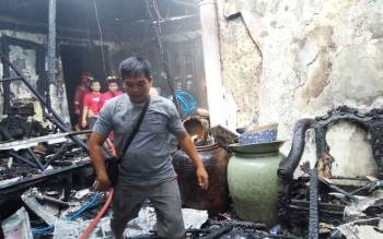 Kebakaran rumah di Jalan Jati, Palangka Raya.