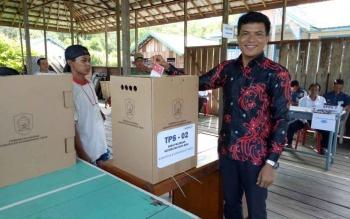 Proses pemungutan suara Pilkades Serentak di Kabupaten Kotawaringin Timur.