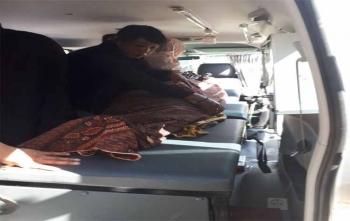 Jasad korban saat dibawa menggunakan mobil ambulance hendak dibawa ke RSUD dr Doris Sylvanus, Senin (23/10/2017)