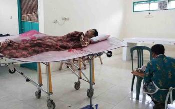 Kondisi korban tewas yang dibunuh oleh kakak iparnya sendiri, saat berada di Kamar Jenazah RSUD Dr Murjani Sampit, Kamis (26/10/2017).