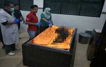 Jenazah seorang perempuan yang diduga Arbainah saat disemayamkan di kamar mayat RSUD Doris Sylvanus Palangka Raya